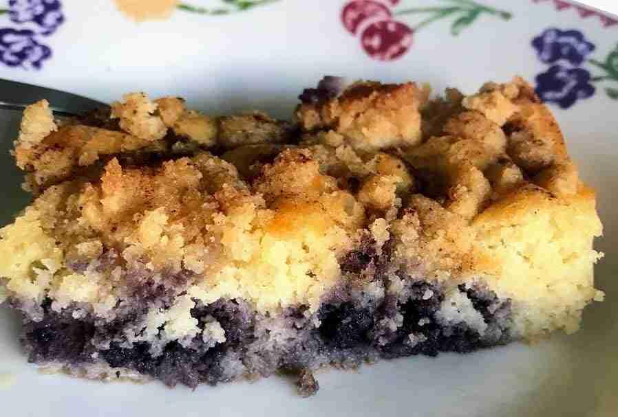 Keto Blueberry Crumb Cake