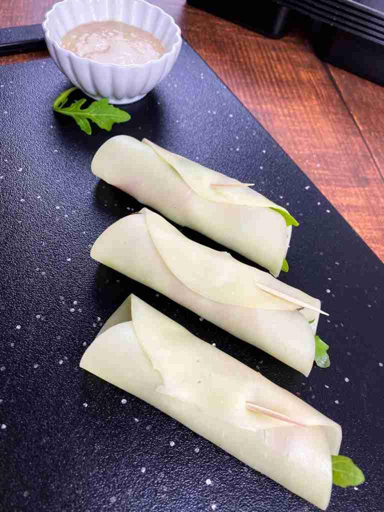 Roast Beef Rollups with Horseradish Sauce