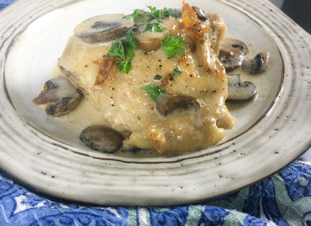 Keto Creamy Chicken Thighs with Mushroom Sauce